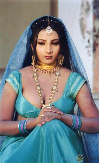 The hot and sexy deshi Indian girls model very big mellons milki white boobs deep cleavage show pics and images in which these masala actres...