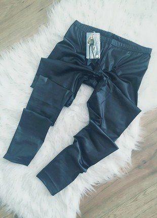 Kup mój przedmiot na #vintedpl http://www.vinted.pl/damska-odziez/legginsy/16420653-czarne-legginsy-latex-skora-mat-uniwersalne-nowe-s-m-l