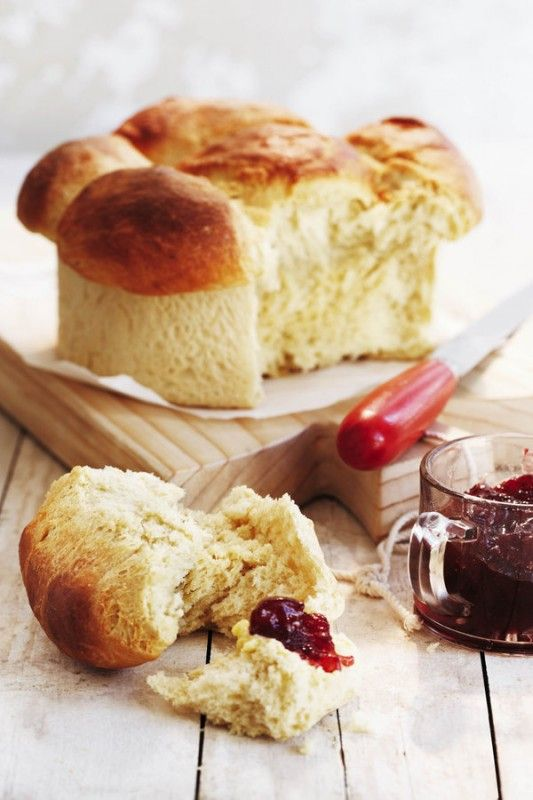 Patatbrood - warm from the oven served with fresh farm butter and jam