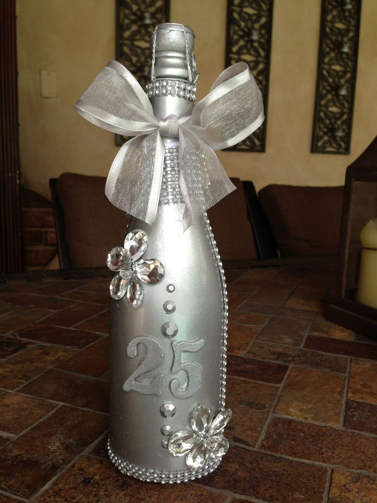 Order this unique and memorable gift for a 25th Anniversary at lizet@thecrystalflower.com send me an email