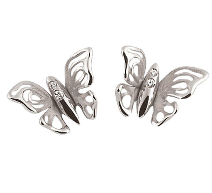 Восхитительные серьги в форме бабочки из белого золота, украшенные бриллиантами. Красивые ажурные крылья с необычным узором демонстрируют качественное исполнение ювелирного изделия. Надев нежные серьги, вы почувствуете себя в красивой сказке. Ваш обворожительный образ непременно поразит окружающих.