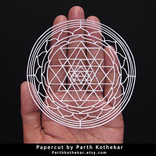 #papercut #sri #yantra #sriyantra #handcut #papercuts #paper #craft #paperart #papercutout #papercutting #illustration #follow #etsy #shop #parthkothekar #etsyseller #etsyshop