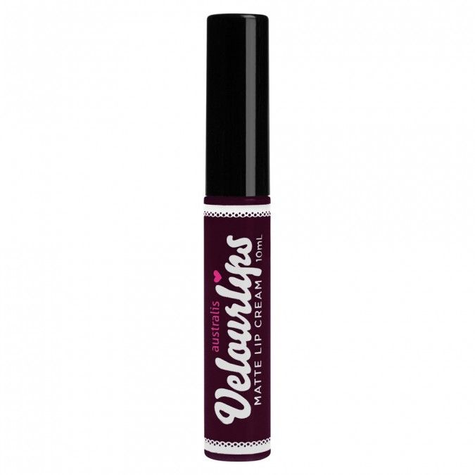 Highly pigmented lips are the look of the moment, and this lip cream takes it to the next level with its beautiful matte finish! The creamy long-wear formula glides on easily with its doe foot applicator, finishing to a velvety matte look with intense, full coverage colour payoff. Perfect for when you want lasting, matte colour that moves with your lips without flaking.