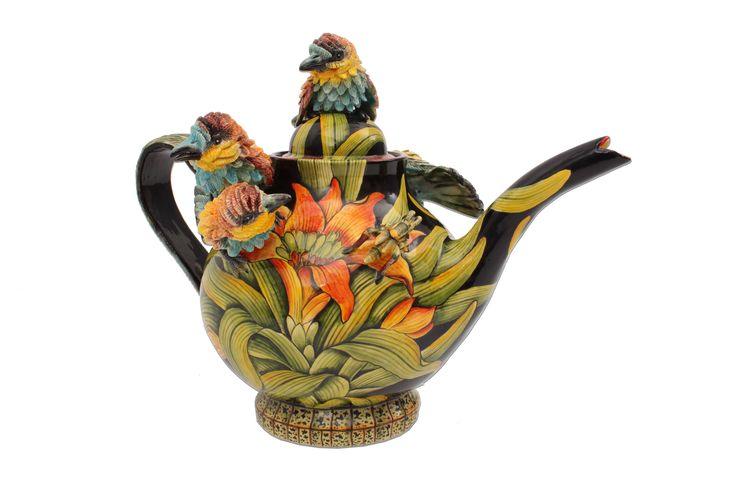 This colourful Carmine Bee-Eater Teapot made by Ardmore bird-lady, Betty Ntshingila, and painted by Wiseman Ndlovu, is the bee's knees.