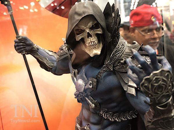 #NYCC17 - Sideshow #Toys/Hot #Toys Booth Images