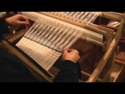 Rigid Heddle Weaving: How to Use a Pick Up Stick