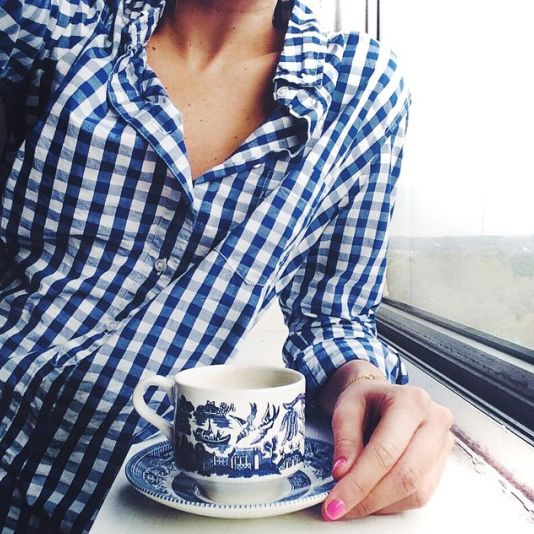 Yep. Thinking its time for some blue gingham in my wardrobe. This is so cute!