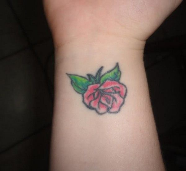 61 best images about Rose Tattoos on Pinterest | Tribal ...