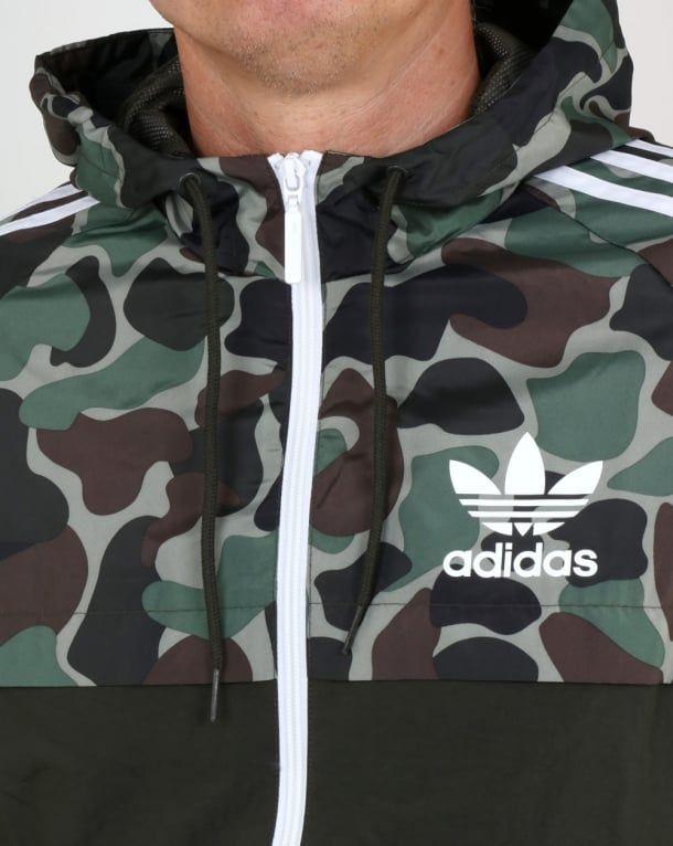 4e9699cf6d646 Adidas Originals Camo Reversible Windbreakermens,jacket,parka,shower proof