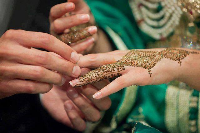 صور نقش الحناء Tatouage Au Henne 6 Majallati مجلتي Henna Tattoo Morrocan Henna Beautiful Henna Designs