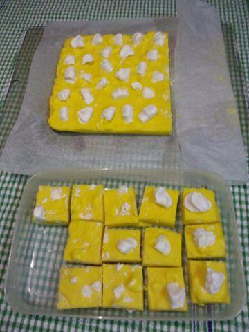 Lemon meringue fudge | Slow Cooker Central