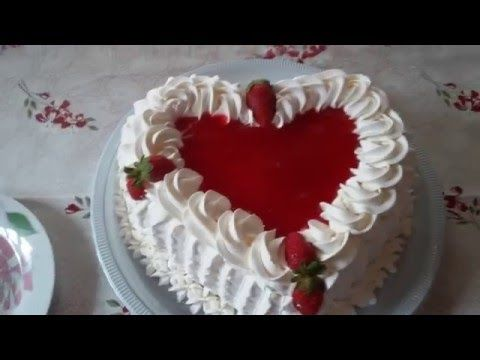 Decoração de bolo de coração com bico Folha e 1M da Wilton - YouTube