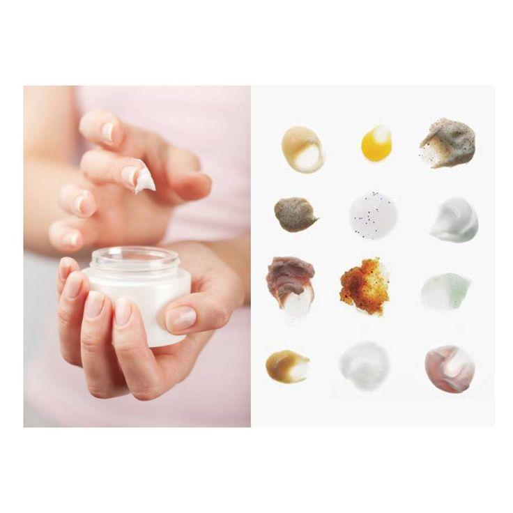 [パラベン] パラベンとはパラオキシ安息香酸エステルの略称で、多くのシャンプーや化粧品に防腐剤として添加されています。また、パラベンは旧表示指定成分の一つで、「アレルギーなどの皮膚障害を起こす恐れのある物質」とされており、人によってはアレルギーや皮膚障害を起こす恐れがあります。 さらに、女性ホルモンのエストロゲンと似たような働きをするので、環境ホルモン作用をもつのではないかとの疑いもあります。パラベンの危険性については様々な意見があり、さらなる研究結果が発表されるまでここでの言及はしません。しかしながらパラベンは化粧品のための防腐剤であり、防腐剤が肌に良いことはありません。化粧品は防腐剤を最小限に抑えた処方のものがいいでしょう。