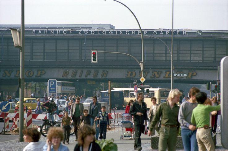 Der Alltag vorm Bahnhof, 1980