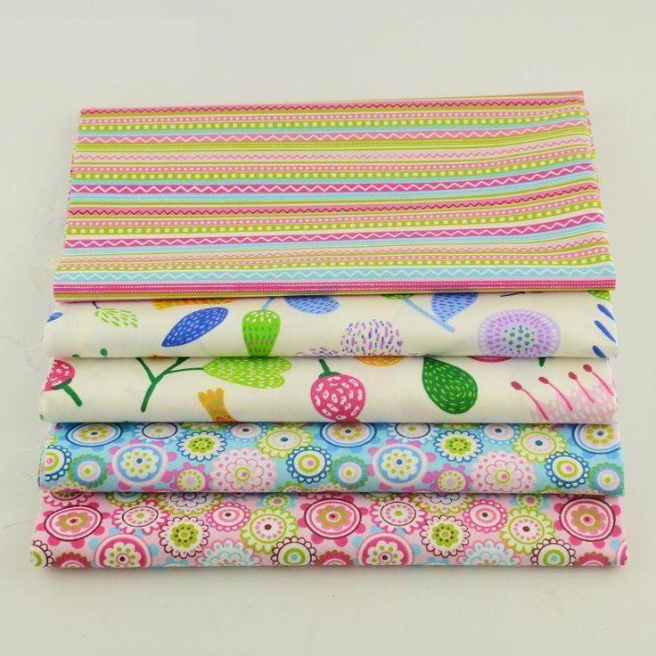 Pink /& ivory vintage themed 100/% cotton fabric bundles 25cm x 25cm or FQ bundle