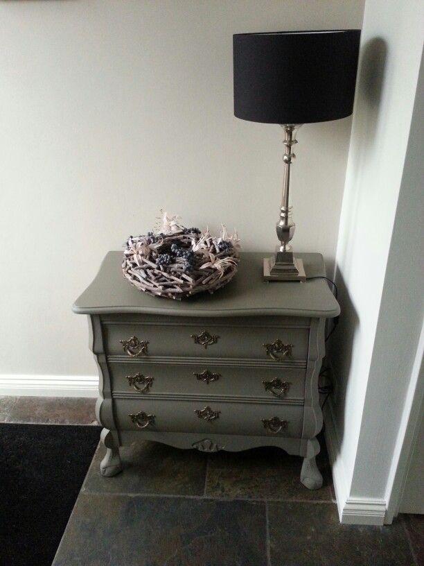 Opgeknapt buikkastje in taupe krijtverf decoratie in huis pinterest master bedroom - Kleur schilderen master bedroom ...