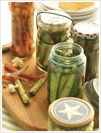 Pickling recipe for cucumbers, carrots, green beans & cauliflower.