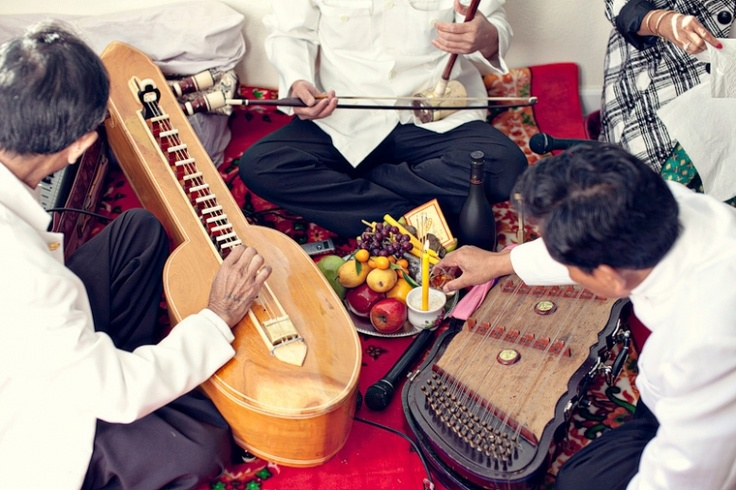 Traditional Khmer Wedding Music With These Fancy Old School Instruments