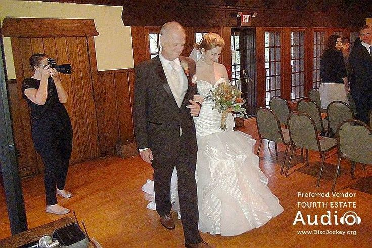 """Saralyn's wedding processional to """"Turning Page"""" by Sleeping at Last. http://www.discjockey.org/real-chicago-wedding-oct-3-2015/"""