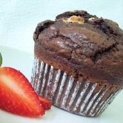 Amerikaanse jumbo dubbele chocolademuffins http://allrecipes.nl/recept/4745/amerikaanse-jumbo-driedubbele-chocolademuffins.aspx
