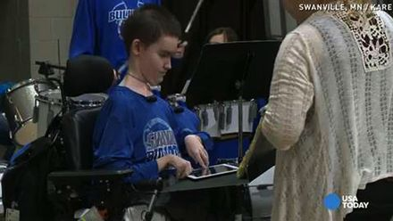 iPad Helps Boy with Muscle Atrophy Disease Stay in the High School Band
