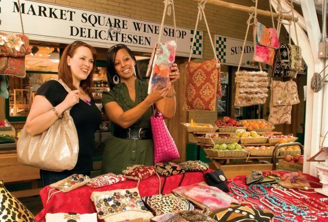Your Guide to Shopping in Downtown Roanoke, Virginia