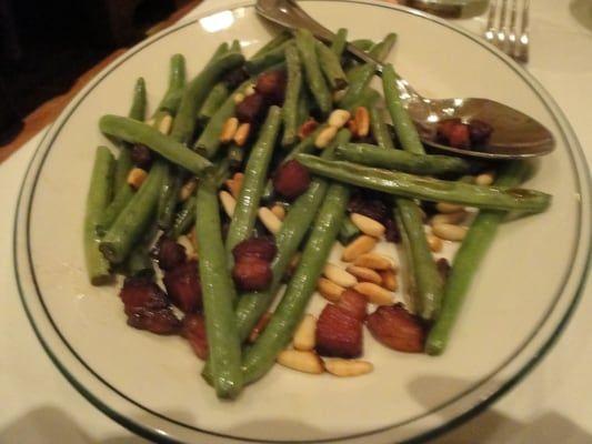 Steakhouse Chain Restaurant Recipes: String Beans Pancetta
