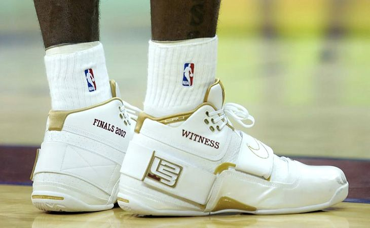 Finals 2007 Witness - All of the shoes Lebron James has worn in the NBA Finals