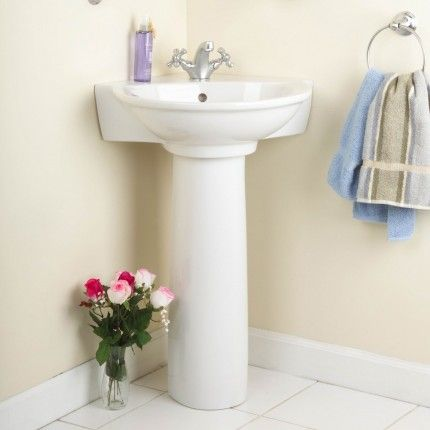 Evolution Corner Pedestal Sink
