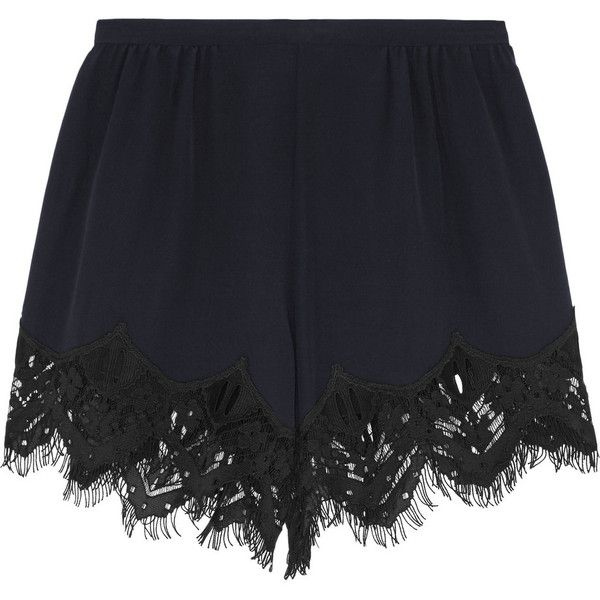 Chloé Lace-trimmed silk crepe de chine shorts ($805) ❤ liked on Polyvore featuring shorts, bottoms, short, pants, purple, scalloped shorts, purple short shorts, chloe shorts, silk short shorts and scalloped edge shorts