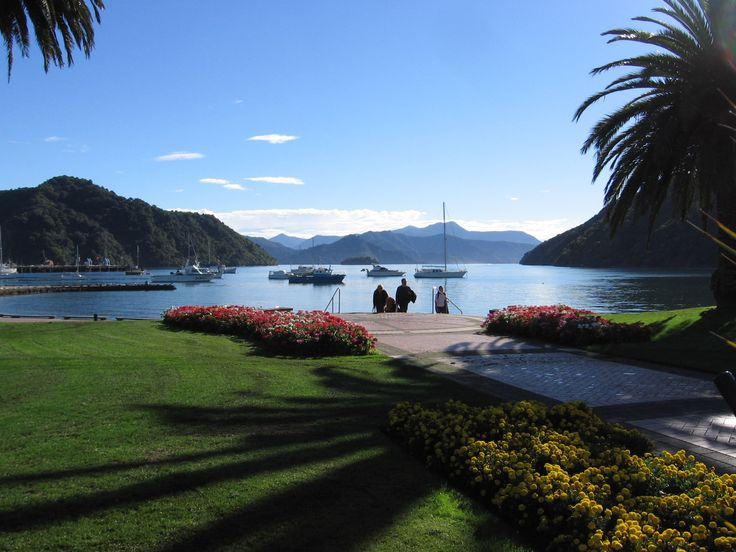 The wonders of New Zealand's incredible South Island    http://www.carltonleisure.com/travel/flights/new-zealand/wellington/
