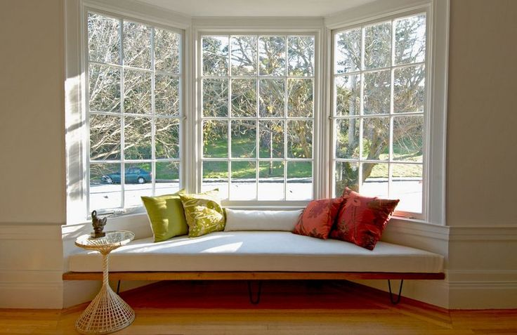 Bay windows have an easy charm about them naturally, without any decorative accents applied. Without even trying you can create a feminine, homey, cozy and