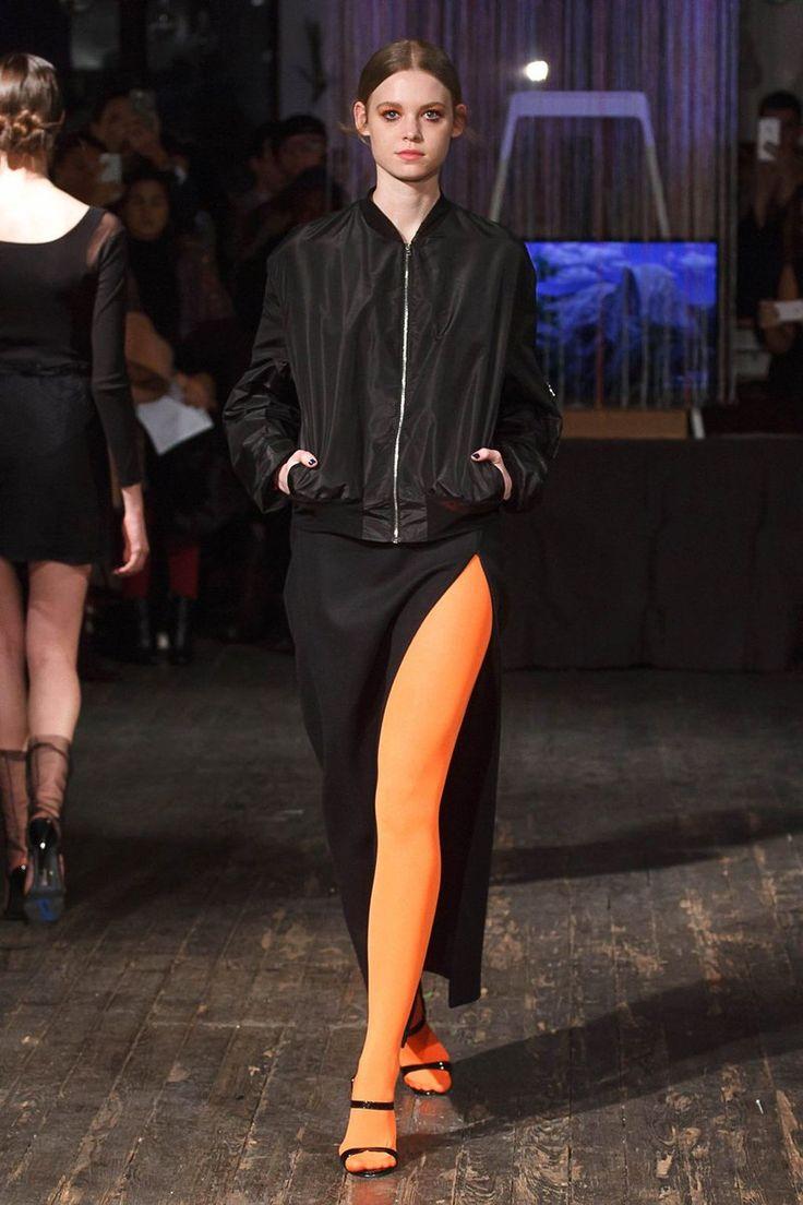 AW17 Trend Alert: black & orange tights!