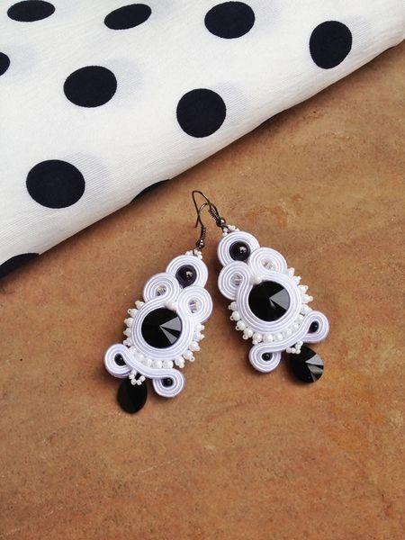 "B&W ""something black"" earrings galeriamagia.blogspot.com"