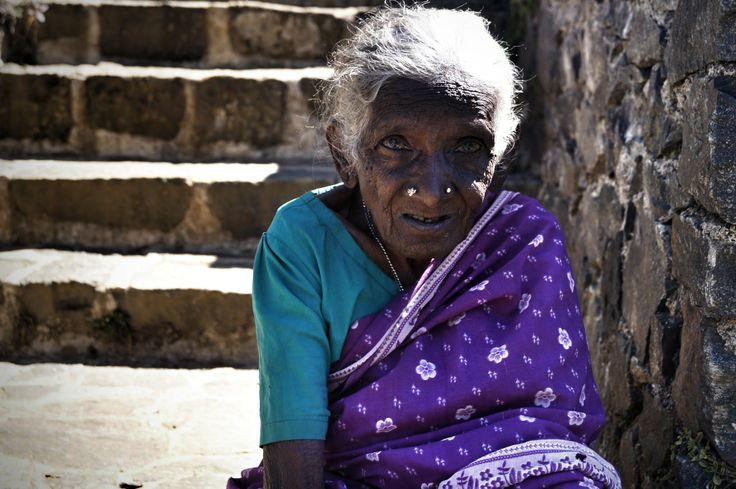 plantacja herbaty Nuwara Eliya #NuwaraEliya #SriLanka Karolina Wróż pracownik działu Call Center