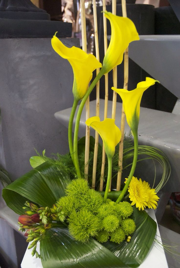 Yellow calla lily areangement floral design flower