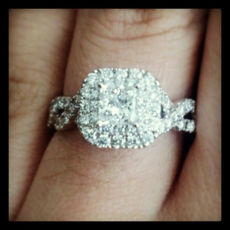 This is my vera wang engagement ring from the love collection :D