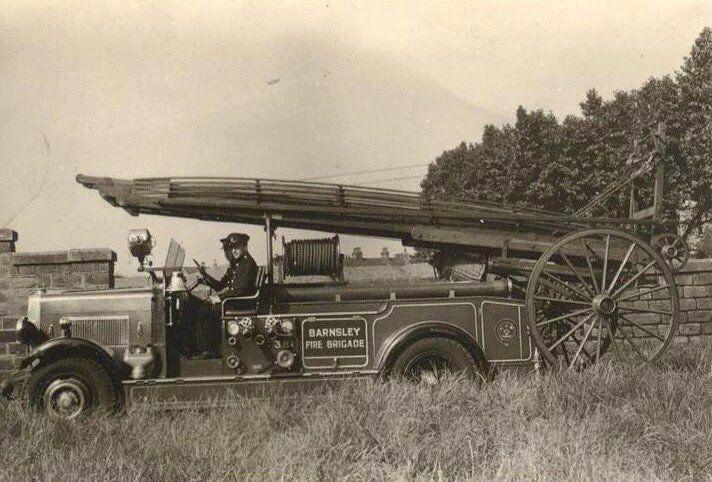 Barnsley fire engine circa 1930