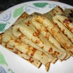 Eggless Crepes, INGREDIENTS: 1/2 cup skim milk 2/3 cup water 1/4 cup butter, melted 2 tablespoons vanilla extract 1 cup all-purpose flour 1 tablespoon white sugar 1/4 teaspoon salt 1 tablespoon vegetable oil