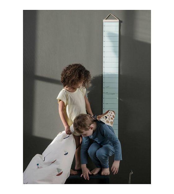 Ferm Living Groeimeter licht roze papier hout 15x1,5x122cm - wonenmetlef.nl