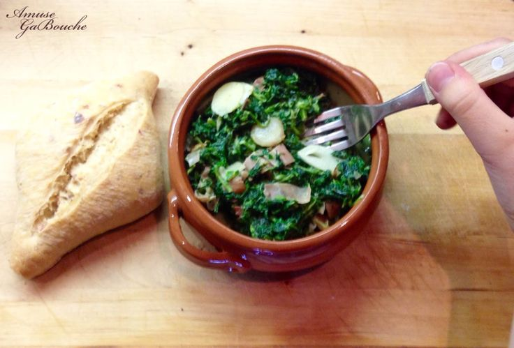 Creamy Spinach with Dried Ham  http://amusegabouche.blogspot.hu/2016/04/creamy-spinach-with-dried-ham-sonkas.html?m=1