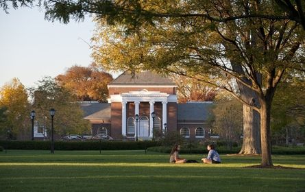 University of Delaware University of Delaware is a public institution that was founded in 1743. It has a total undergraduate enrollment of 17,427, its setting is suburban, and the campus size is 2,011 acres. It utilizes a 4-1-4-based academic calendar. University of Delaware's ranking in the 2014 edition of Best Colleges is National Universities, 75. Its in-state tuition and fees are $12,112 (2013-14); out-of-state tuition and fees are $29,932 (2013-14). Location, Newark, DE
