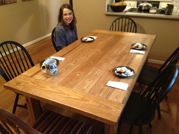 Free Plans for Making a Rustic Farmhouse Table | A Lesson Learned