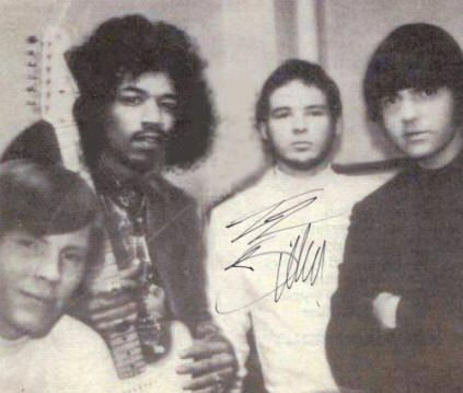 in a TV interview on Dick Cavett in 1968 Jimi Hendrix named Billy Gibbons as his favorite guitar player. He was a member of the psychedelic blues rock band called the Moving Sidewalks and opened for Jimi Hendrix on tour.