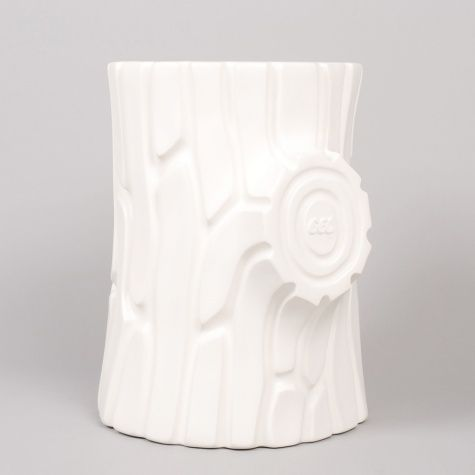 bring the outside in// Gelchop Log Stool - White