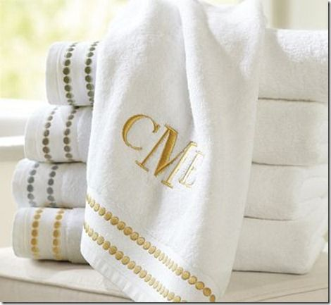 LOVE These Embroidered Towels   Need To Do This On Either The White Or  Brown Towels
