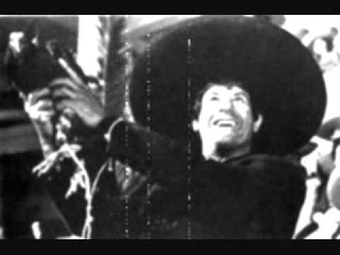 El video sirve para explicar un subtema de la Revolución Mexicana: el Agrarismo. Se denomina con esta palabra a la tendencia ideológica o política a defender las reivindicaciones de los campesinos. Si bien este tipo de movimientos se ha producido en varios lugares y etapas de la historia, el agrarismo por antonomasia fue el que se postuló en la revolución mexicana de 1910, bajo el liderato de Emiliano Zapata. La idea de usar canciones la tomé de una compañera profesora.