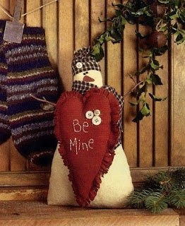http://beetreedesigns.blogspot.com/2010/08/mystery-monday-how.htmlValentine Crafts, Valentine Snowman, Crafts Ideas, Christmas Crafts, Holidays Valentine, Secret Crafts, Primitives Crafts, Holiday Decor, Christmas Snowmen