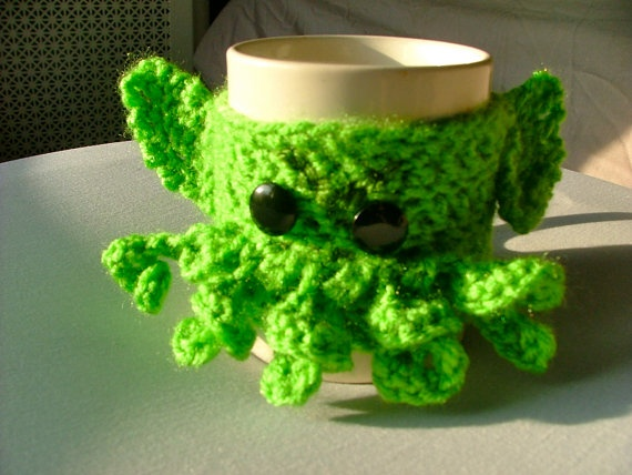 Crochet C'thulhu Coffee Cup Cozy by AnOptimisticCynic on Etsy