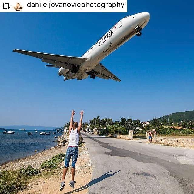 I got a plane to catch ✈️ #skiathosrepost #skiathosfacebook #skiathos #plane #aircraft #planespotting #planespotters #skiathosplanespotting https://instagram.com/p/5R267FLQkN/